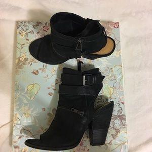 Dolce vita booties/heels